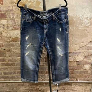 miss Me Easy Capri Buckle Exclusive Jeans 31
